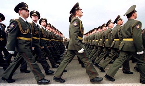 Forţele Armate şi maşina de fabricat zei ( partea a II-a )