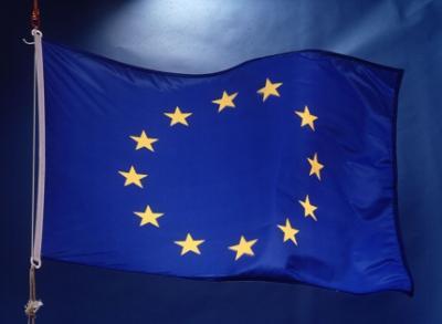 Sub impulsul tendinţelor de fărâmiţare a statelor europene