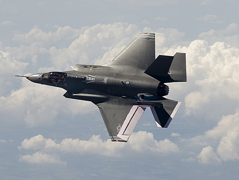 Discuţii la Pentagon: părţi din F-35 au fost fabricate în China